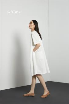 17夏白色无袖连衣裙