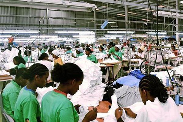 不穿二手的了 东非免除纺织服装业三年关税