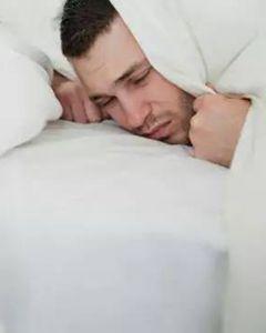 莱特妮丝告诉你一年四季怎么睡?什么姿势最健康?