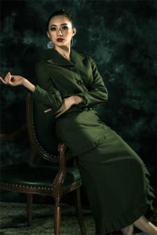 香莎女装新品墨绿长裙