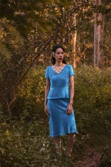 香莎女装新品蓝色套装裙