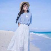 依路佑妮带你追赶潮流讲解女装白裙最新搭配技巧