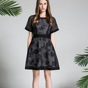 热烈祝贺中国服装网经销商俱乐部协助山东胡女士签约凡恩品牌女装!