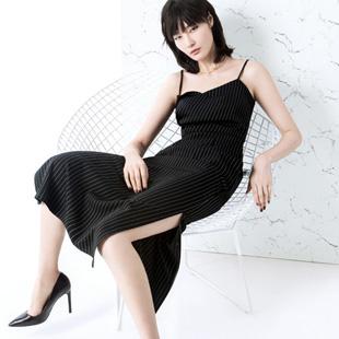 加盟ECA女装怎么样?专注优雅轻奢女装十多年 深受消费者喜爱!