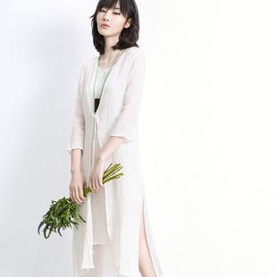 ECA女装加盟  定位于28—40岁年轻时尚端庄典雅女性