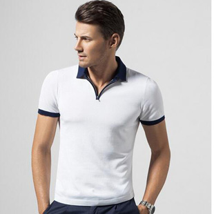 劲霸男装招商加盟 致力为现代男士营造自信、沉稳的服饰感受