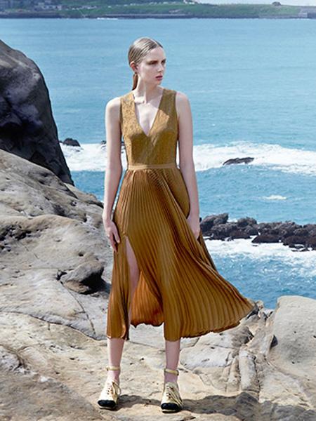 欧时力女装连衣裙