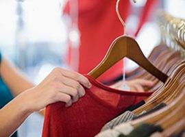 2017年纺织服装行业中报业绩复苏延续 电商领域增长高