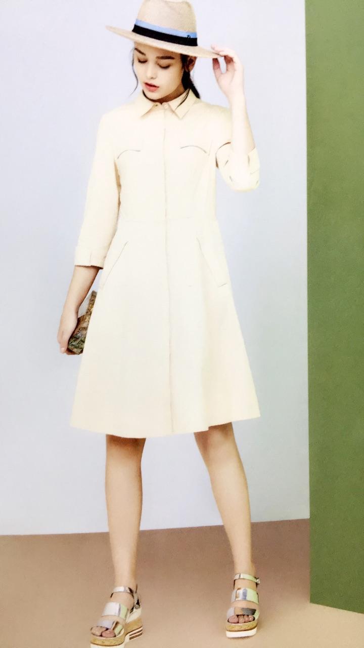 初次印象 知名品牌女装折扣批发走份尾货低价女装一手货源直销库存清仓