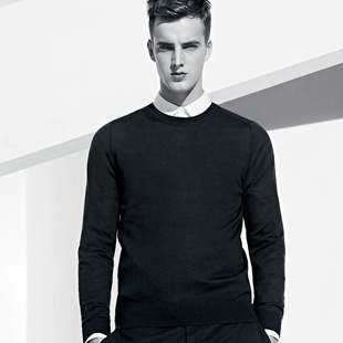 时尚、优质、低价、快时尚HS男装火爆招商中!拥有众多设计师与全球买手!