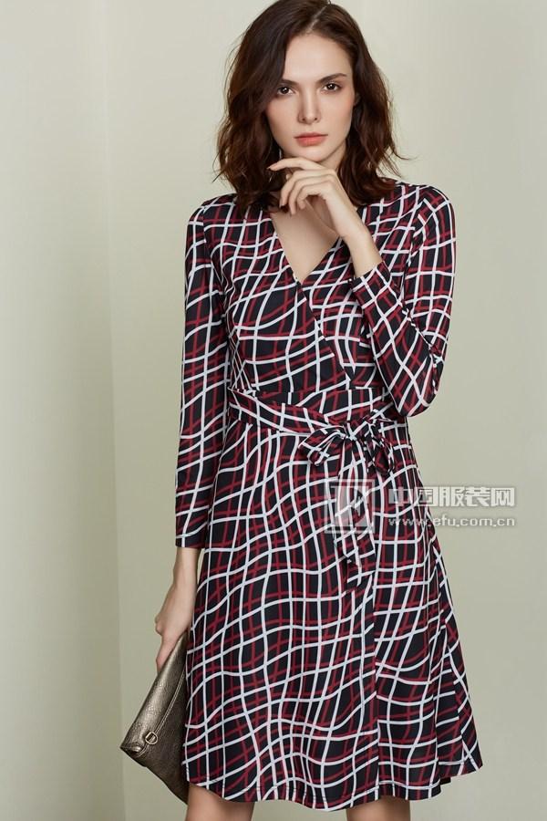 今日主播女装秋季新品 尽显优雅魅力