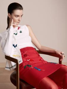 红贝缇17新款刺绣套装裙