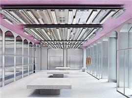 这个服装品牌不紧不慢将旗舰店开在米兰,为何酷得不行
