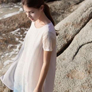 唯简尚WJS 棉麻女装 不仅仅是时装,将女性独有的东方美与个性气质完美体现!