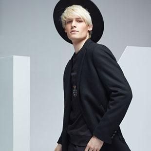 想找有实力又省心的男装品牌加盟 来傲物尚品OWOOO男装吧!