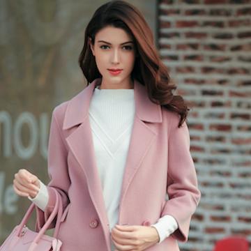 金蝶茜妮大衣新款  粉红色的时尚体验