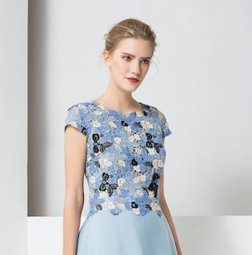 经典故事连衣裙新品  展现女性柔美气质