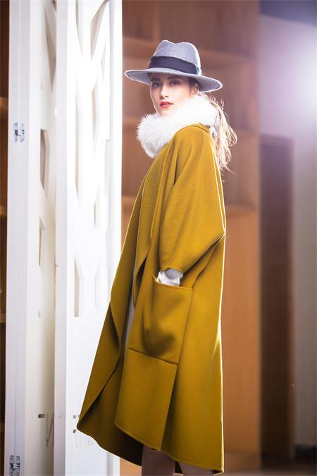 茉诗可可MISICAKOO秋冬新品长款呢子外套 款号290454