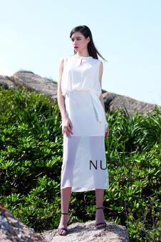 诺娜莉白色连衣裙