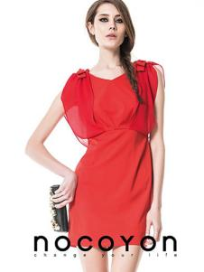 诺可颜新款红色收腰连衣裙