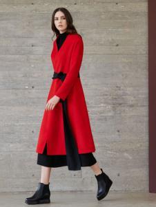 唯简尚女装气质时尚大衣