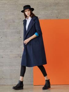 唯简尚女装大衣