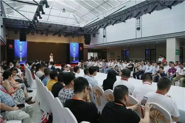 """""""潮·起洪合 衫·汇全球"""" 2017中国(洪合)国际毛衫文化节盛大开幕"""
