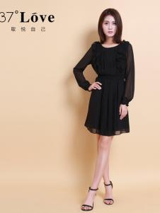 37度LOVE黑色雪纺裙