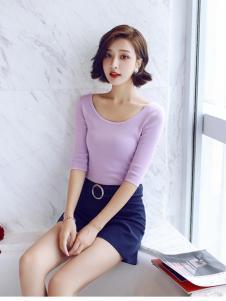 千姿惠女装2017秋冬新款圆领紫色T恤