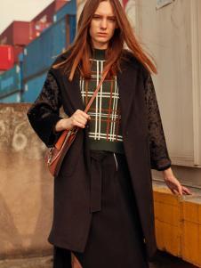 T&W女装风衣外套