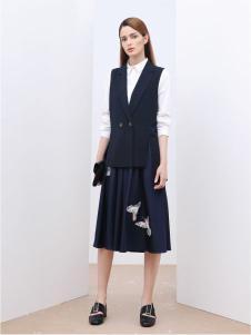 慕托丽女装17秋时尚连衣裙