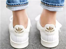 阿迪小白鞋曾横扫街头,现在消费者不买账照样卖不动