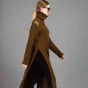 今冬时尚Look  衣魅人帮你轻松凹凸造型
