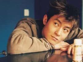 """""""老板""""陈冠希和他的潮牌生意经 亚文化的演进"""