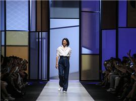 吕燕超模转身设计师,从三个人的小作坊起步到营收平衡