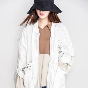 韩版快时尚百变伊伊女装加盟 简约、甜美、前卫,彰显年轻活力!