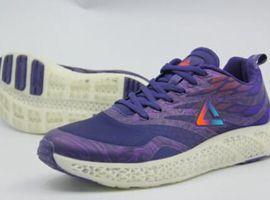 各运动品牌将上3D打印鞋 匹克一双3D打印鞋定价1399元