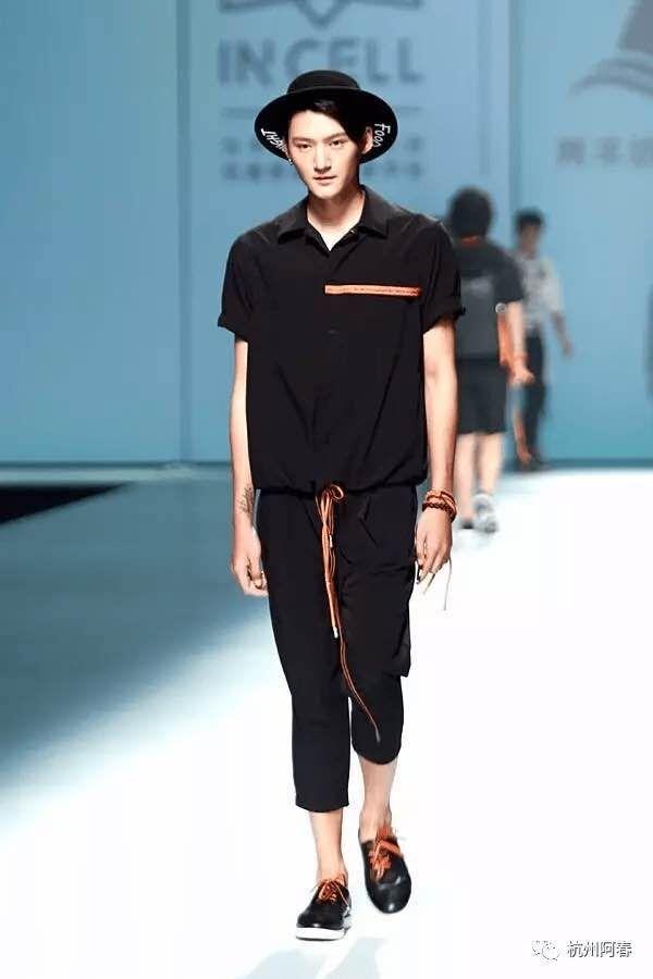 2017新品空间男装T恤