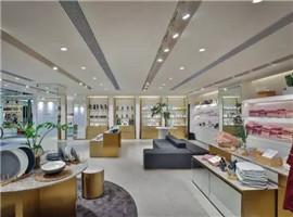 美邦旗下快时尚品牌ME&CITY在重庆新开形象体验店