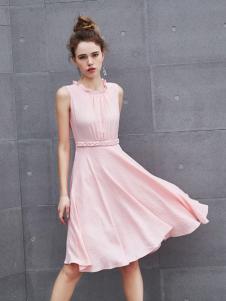 艾诺绮新款无袖粉色连衣裙