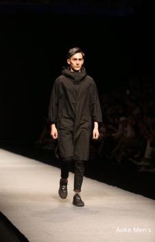 2017奥克冬季黑色外套