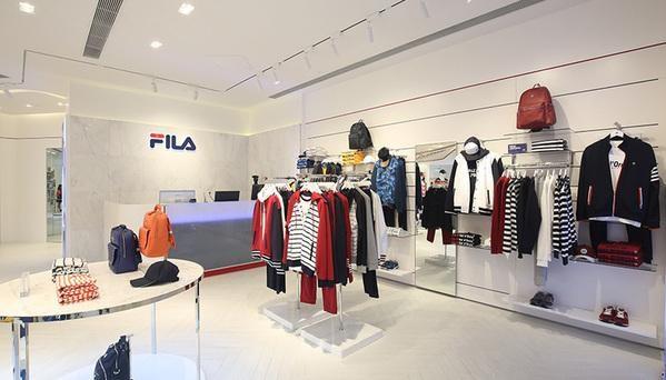 跟时尚潮流搭上关系后,运动品牌FILA业绩正在爆发