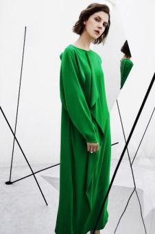 AMII2017秋冬新品轻奢极简系列绿色连衣裙