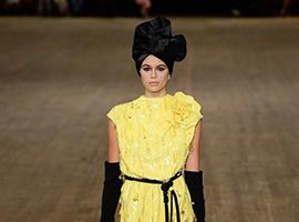 纽约时装周:Marc Jacobs用热闹的颜色讲述时尚