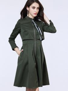 卡尔诺秋装连衣裙