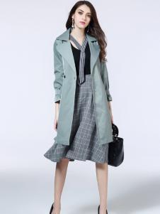 卡尔诺女装连衣裙