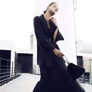 M.HITI錫瑅 | 轻盈薄纱,穿出初秋的仙气和美貌