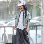 小嗨皮童装款式风格多样 紧跟国际时尚潮流