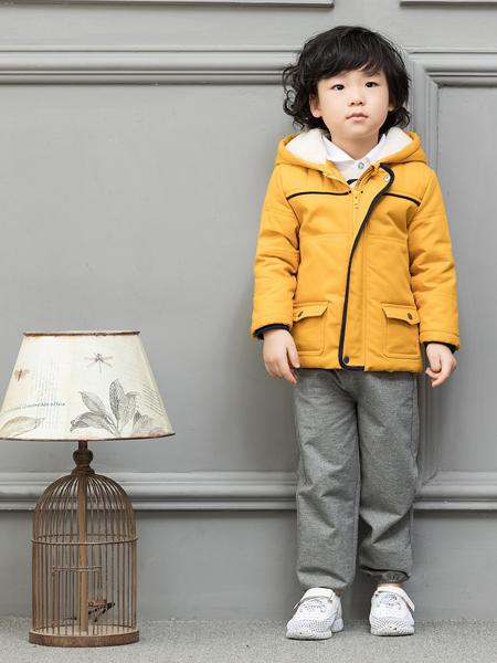 皇后婴儿男童外套17新款