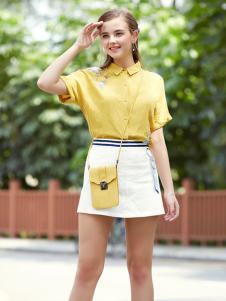 2017芝麻E柜女装新款白色短裙